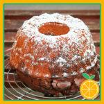 Bizcocho tradicional con naranja entera